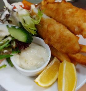 Fish n chips at Moe RSL