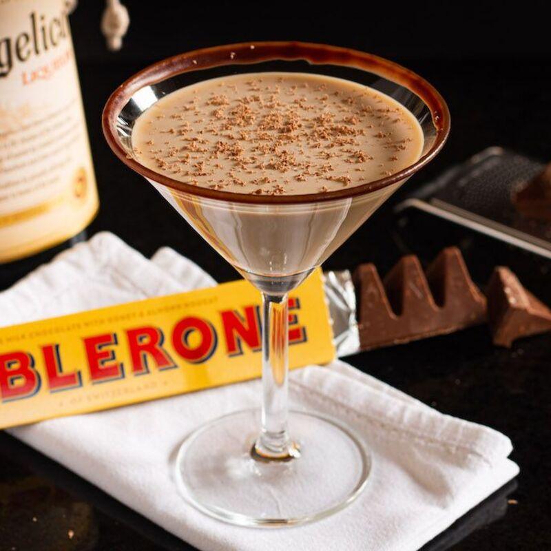 toblerone cocktail at moe rsl